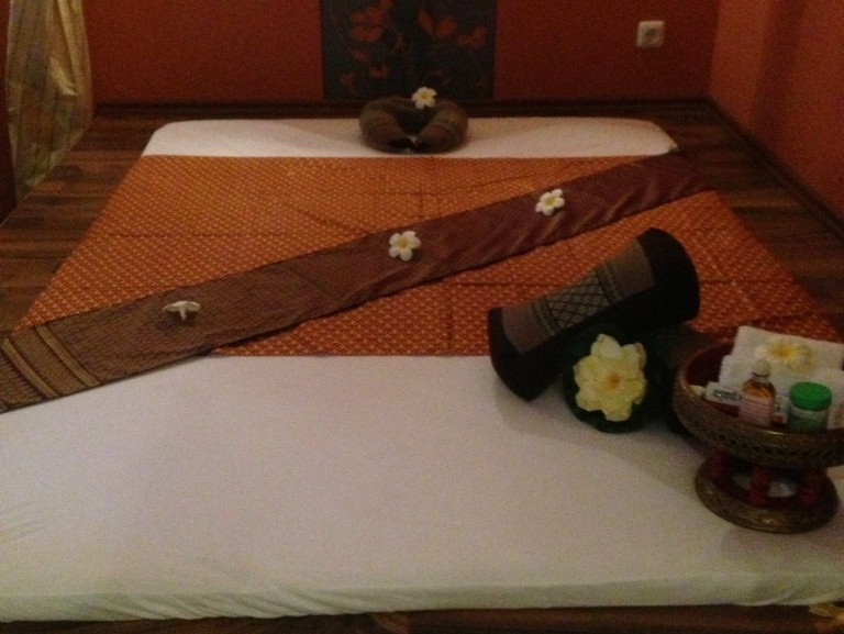 spa enköping thong thai massage